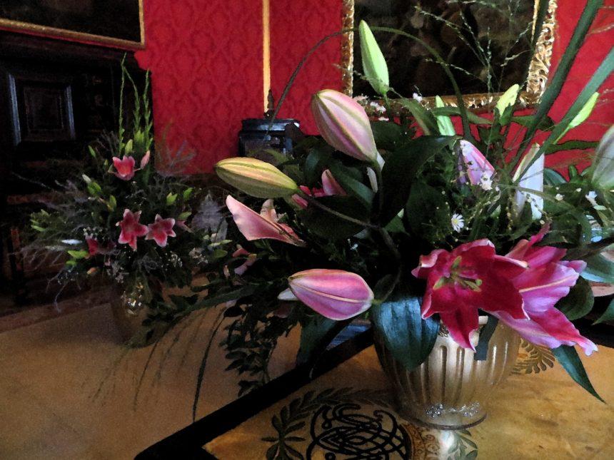 Květinová výzdoba na zámku